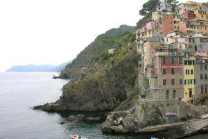 Cinque terra coastline 05